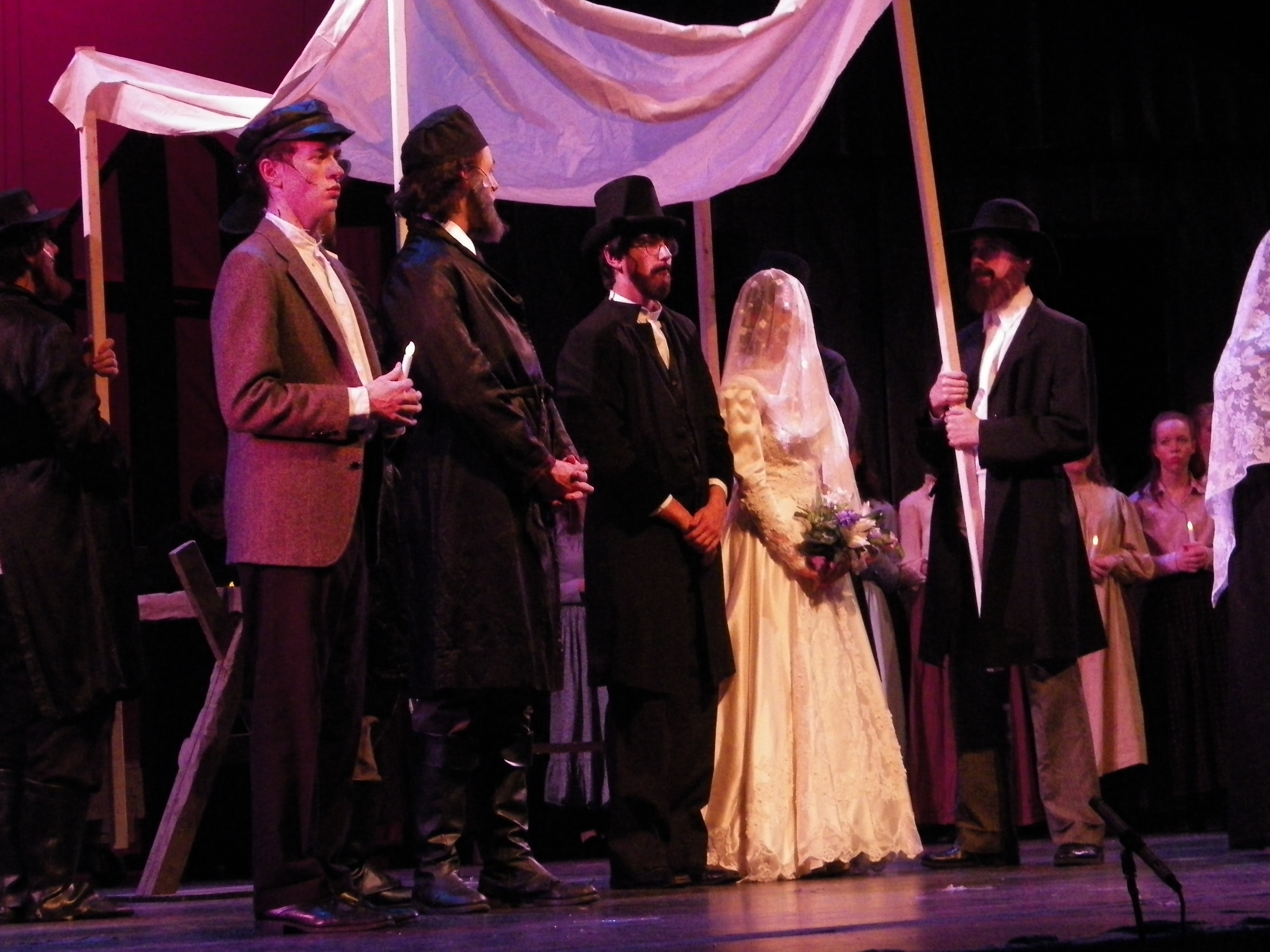 Fiddler On The Roof Comes To Ahs The Warrior Weekly