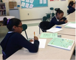 PALS students brainstorm for an essay. (Photo by Emily Hilman)