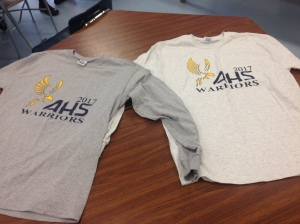 T-shirts the Sophomore Board is selling. (Photo by Wonhee Han)